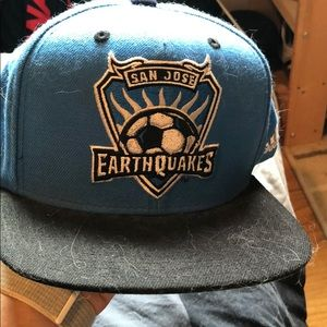 Unisex Fladbrim San Jose Earthquakes hat!